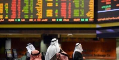 تباين أداء بورصات الخليج مع استمرار انخفاض أسعار النفط