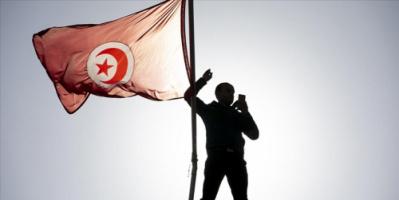 """وسط صمت رسمي.. موقع بريطاني يتحدث عن مزاعم """"انقلاب رئاسي"""" بتونس"""