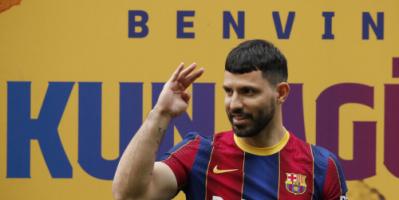 أول تصريح لأغويرو بعد انضمامه إلى برشلونة: ميسي سيبقى