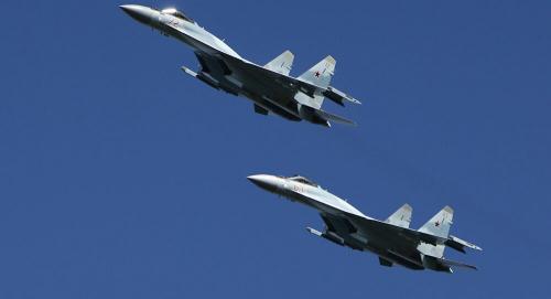 """مقاتلة روسية من طراز """"سو – 35"""" تعترض طائرة أمريكية فوق المحيط الهادئ"""