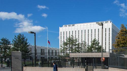 الخارجية الروسية: موسكو جاهزة لبحث تطبيع عمل سفارتي البلدين مع الولايات المتحدة