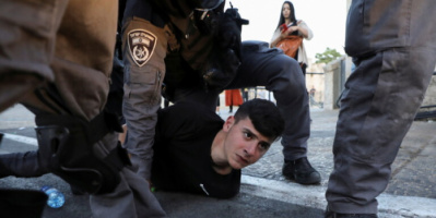 """680 شخصية عالمية تدعو بايدن برسالة مفتوحة إلى""""إنهاء القمع الإسرائيلي ضد الفلسطينيين"""""""