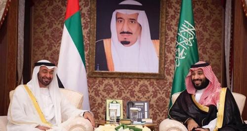 """مستشار إماراتي يكشف عن ضربات """"تحت الحزام"""" من السعودية"""