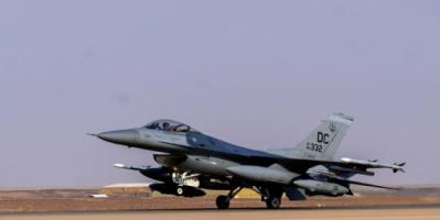 """الجيش الأمريكي: وصول مقاتلات """"أف – 16"""" إلى قاعدة الأمير سلطان في السعودية"""