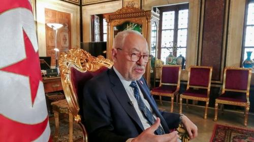 """الغنوشي يتهم الرئيس التونسي """"بالانقلاب على الثورة والدستور"""""""