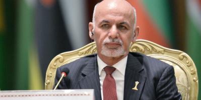 السفارة الروسية: الرئيس الأفغاني هرب مع سيارات مليئة بالأموال بقي جزء منها في المطار