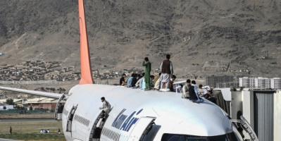 طالبان تعلق على مشاهد سقوط أفغان من الطائرات