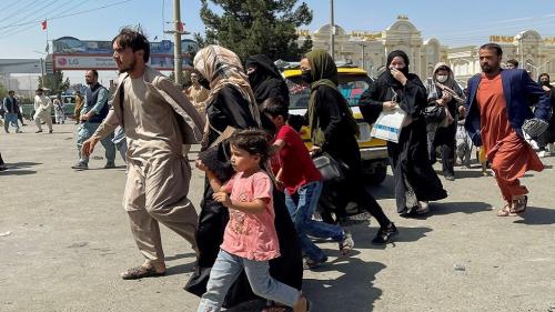 بطلب أمريكي.. أوغندا تستقبل 2000 لاجئ أفغاني