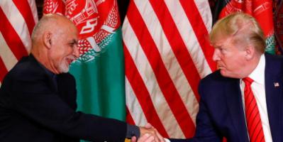 """ترامب يصف الرئيس الأفغاني السابق الهارب بـ""""المحتال"""""""