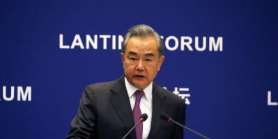 """الصين: أسلوب """"التحول الديمقراطي"""" أثبت عدم واقعيته و""""طالبان"""" توجه إشارات إيجابية إلى العالم"""