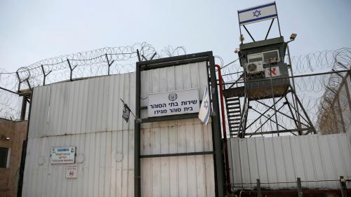 """فرار 6 أسرى فلسطينيين من سجن """"جلبوع"""" الإسرائيلي عبر نفق"""